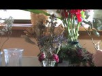 Mixing Fresh And Dried Plants In Flower Arrangements