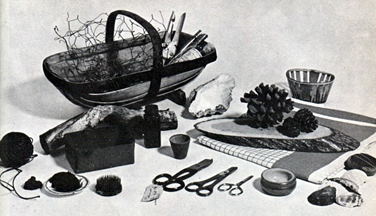 flower-arranging-equipment